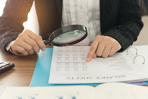 An accountant can make financial bookkeeping and documentation easier by reducing your workload.